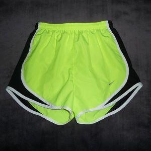 NWOT Nike Dri-Fit Tempo Run Shorts Sz XS